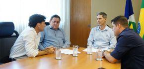 Empresários se reúnem com deputado Rezende e secretário por mais segurança pública em Campo Novo do Parecis