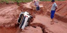 Taques diz que não pagará por estrada que desmoronou com chuva