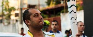 Professor de Campo Novo do Parecis conduz Tocha Olímpica Rio 2016